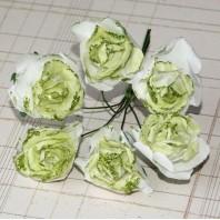 Бумажный цветок 'Роза' с глиттером, цвет - белый/зеленый, 1 связка 6 цветов